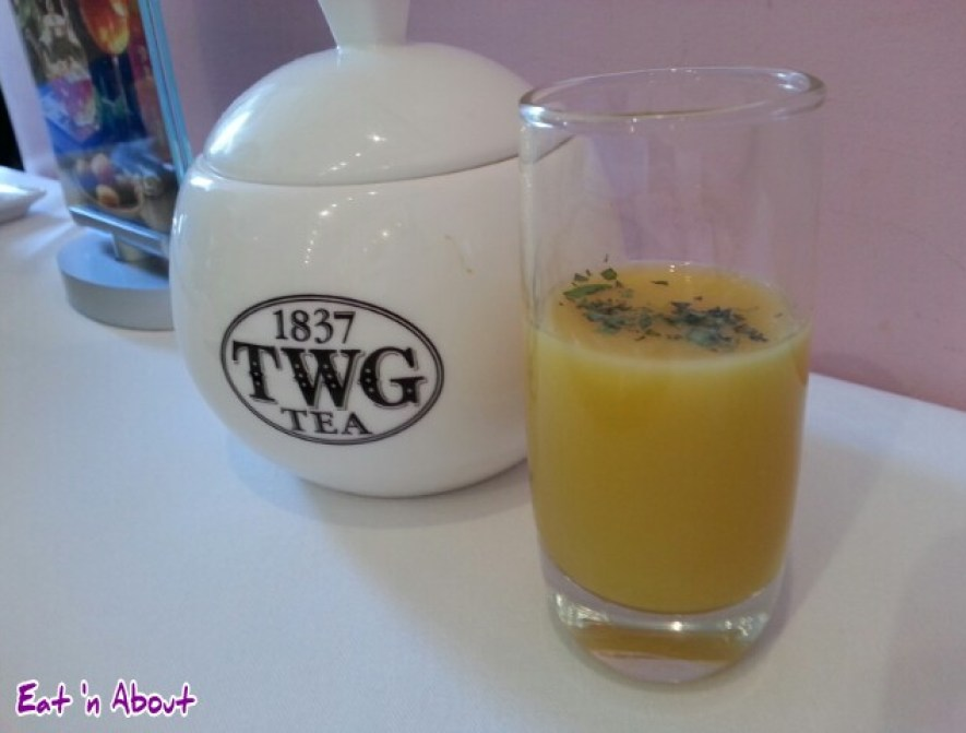 The Urban Tea Merchant: Mango and Cucumber chilled soup infused with Alfonso tea