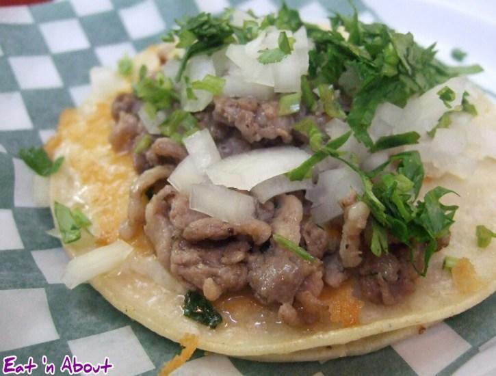 Sal y Limon: Cordero al Cilantro Taco with cheese