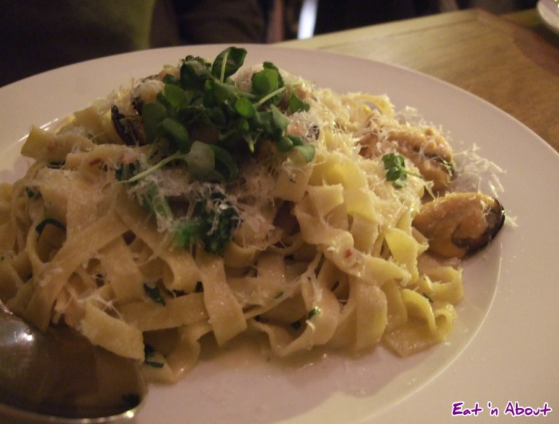 Ask for Luigi: Tagliatelle and Mussels