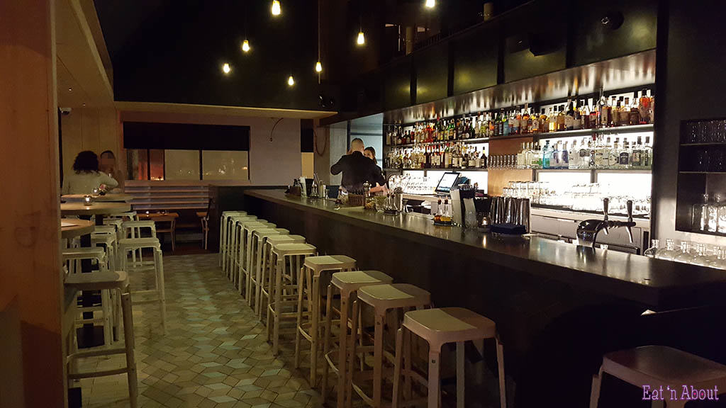 Juniper Restaurant bar