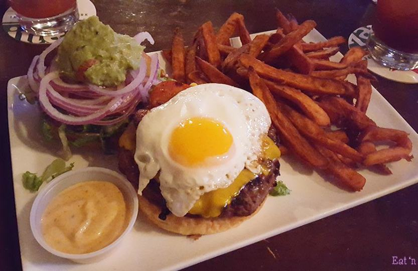 John B. Pub - Egg-cellent Burger