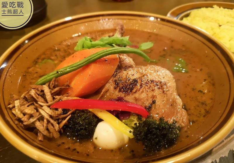。北海道 札幌。Treasure 湯咖哩:令人印象深刻的好味道,人氣湯咖哩GARAKU姊妹店,烤雞腿湯咖哩必點!!