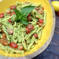 creamy avocado pesto 2