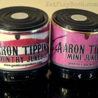 Little Speaker, Big Sound: The Aaron Tippin Mini Jukebox From Geekbox #ad @geekboxspeaker