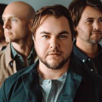 """Eli Young Band's Mike Eli Talks About """"Love Ain't"""" & """"Break It In"""""""