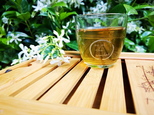 Green tea freshly prepared.