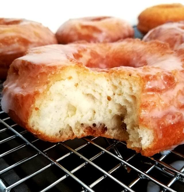 sour cream glazed donuts inside texture (1)