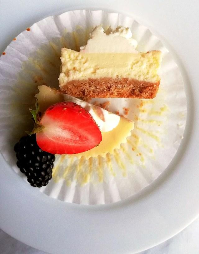 mini cheesecakes inside view