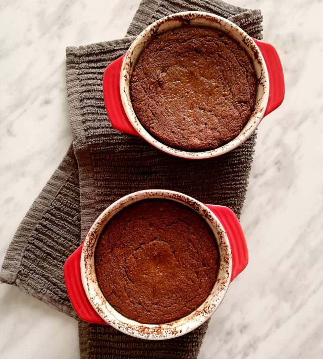 chocolate lava cake baked in dishes