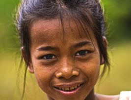 Jorani, the little girl from Bakan