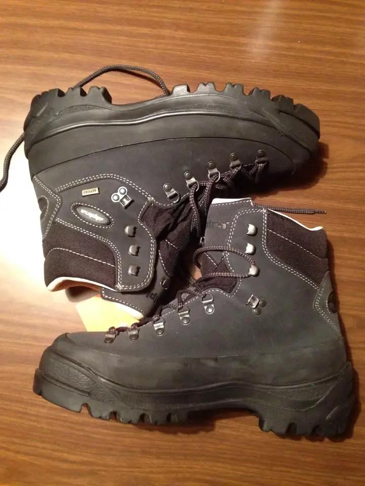 annapurna alpina trekking shoes