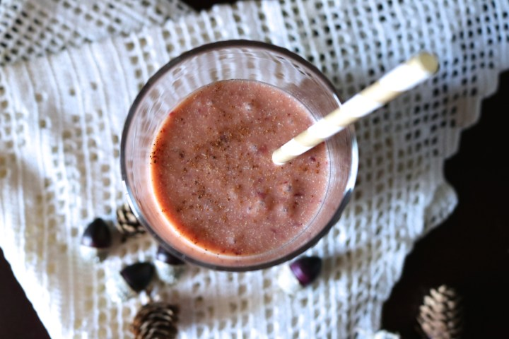 Cranberry Orange Protein Smoothie | This smoothie incorporates one of my favorite fall flavors and includes a scoop of vanilla paleo protein. Sub your favorite whey or plant protein for vegetarian and vegan options. Instructions for both a Blendtec or everyday blender are included. | eatsomethingdelicious.com