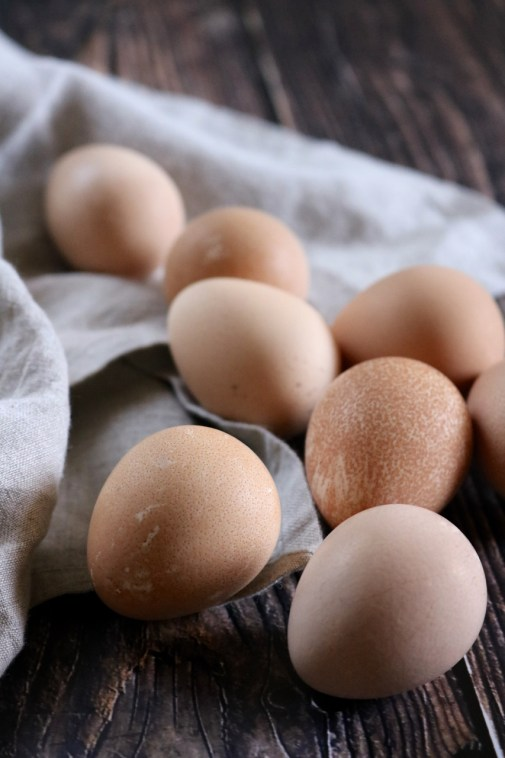 How to Hard Boil Guinea Eggs | Learn how to hard boil guinea fowl eggs. I've tested a variety of cook times to yield the perfect hard boiled guinea egg. No green ring and no sulfur smell! | eatsomethingdelicious.com