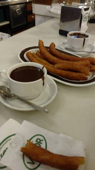 Valor - Churros con Chocolate