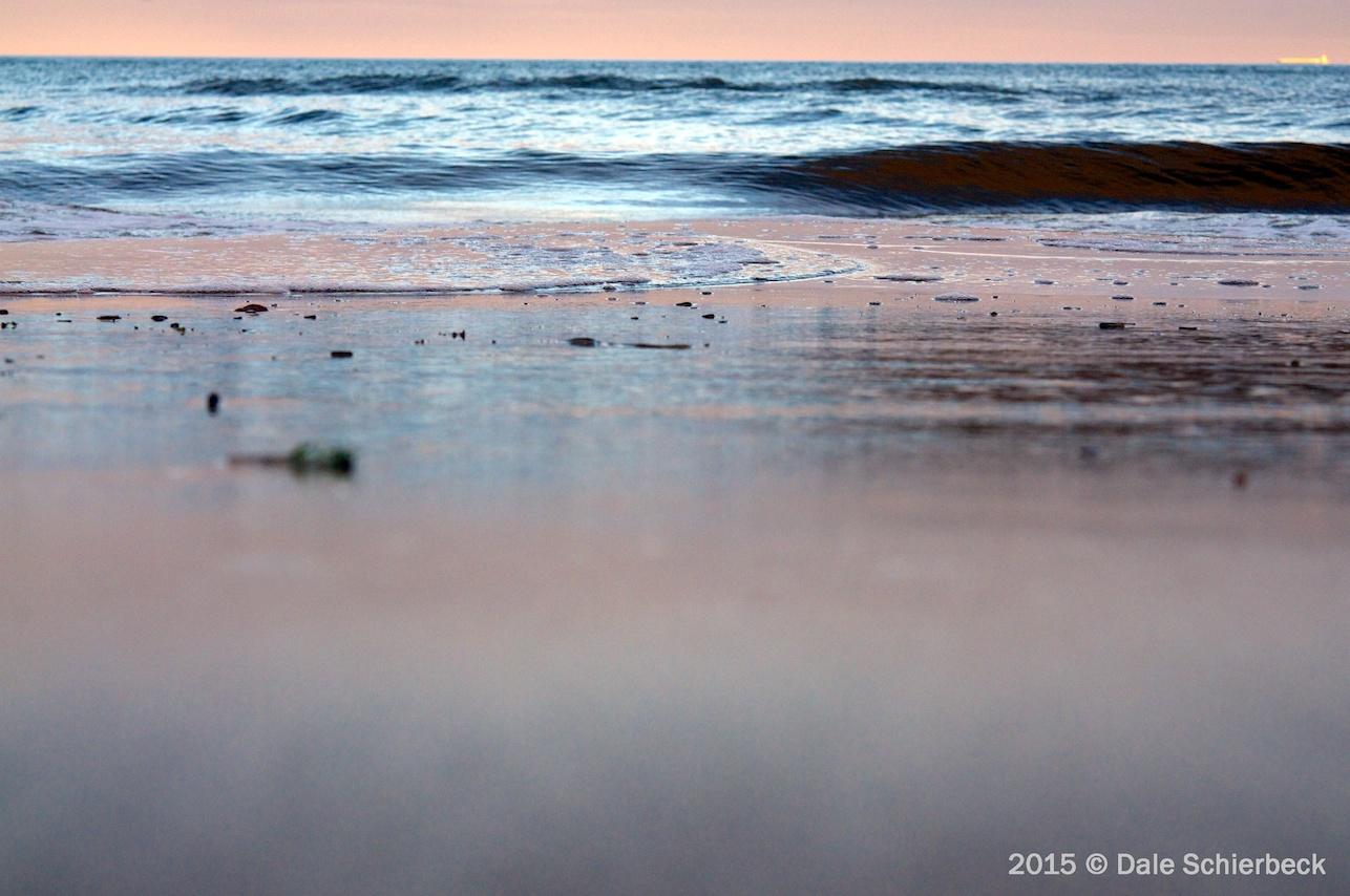 Monochrome Beach2