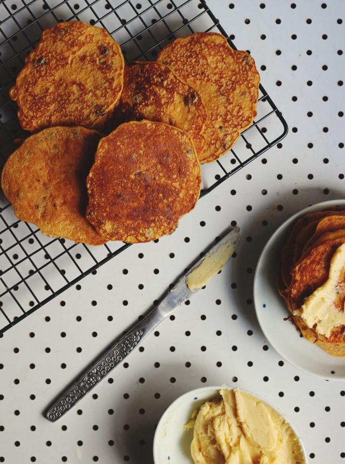 carrot cake pancakes 1