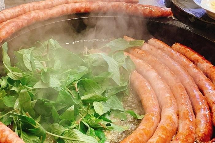 大腸包小腸 ( 武聖夜市 )|夜市創始第一家大腸+香腸,縱橫花園、小北、武聖夜市的三輪車大腸+香腸!