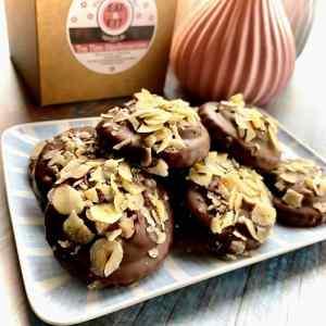 Zuckerfreie Mandeln Kekse mit Haselnusscreme - ohne Zucker