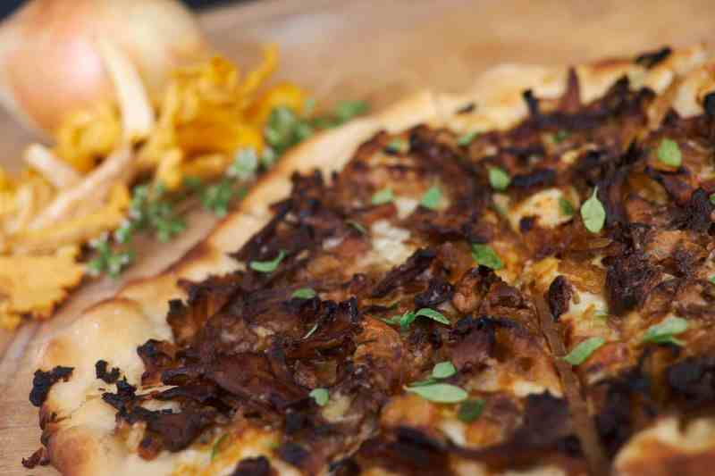 Chanterelle Pizza