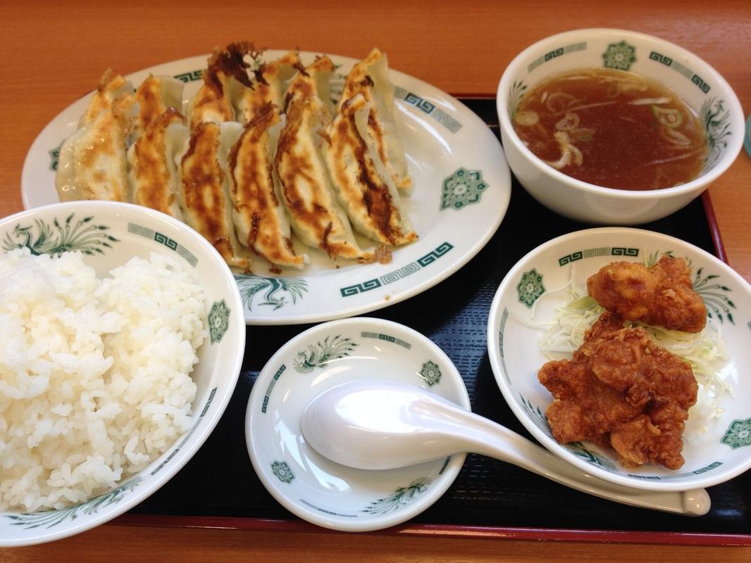 Hidakaya: Gyoza Set : 600 yen