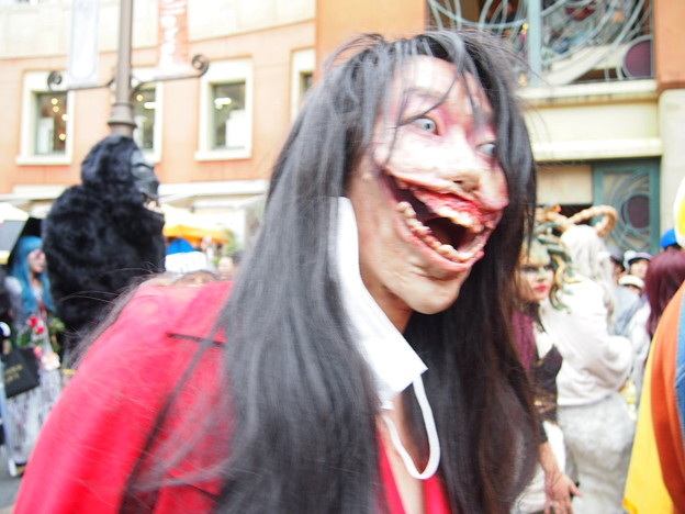 Slit Mouthed Woman Costume