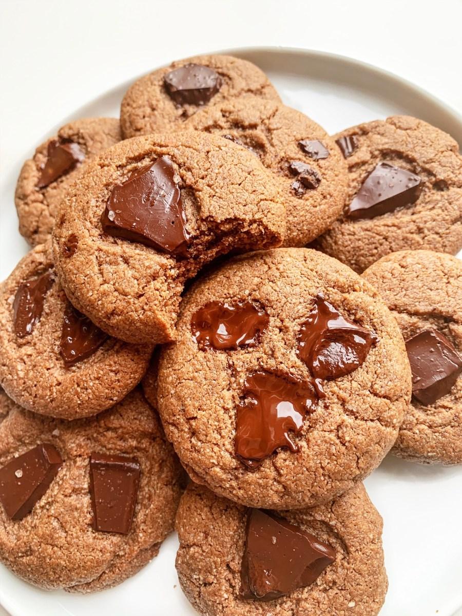 VEGAN DOUBLE CHOCOLATE PROTEIN COOKIES