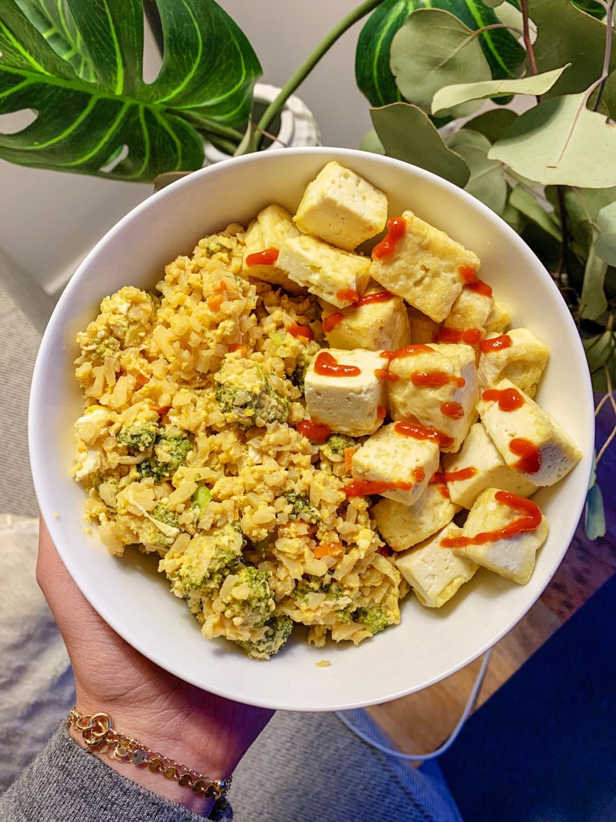 10 MIN CAULI RICE STIR-FRY