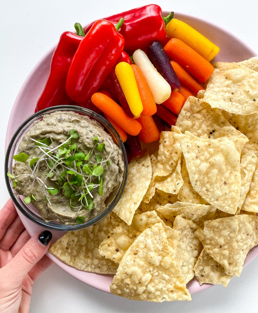 Creamy Avocado Black Bean Dip