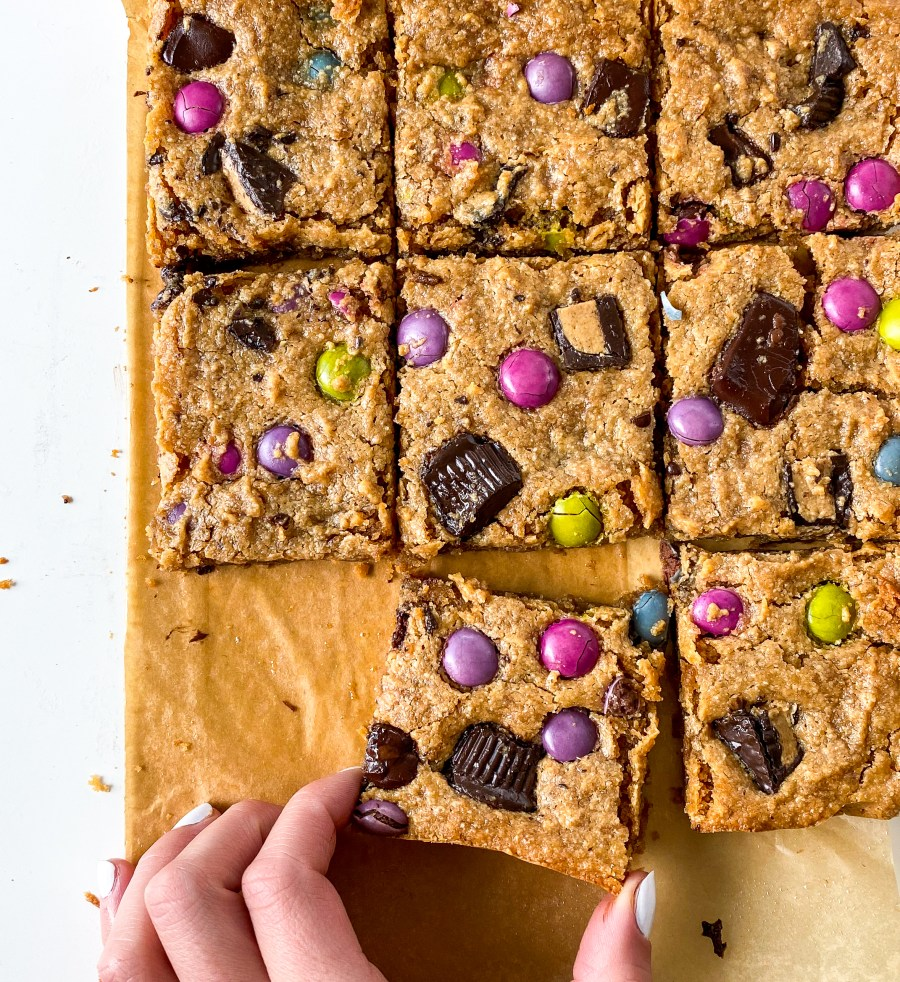 Loaded Peanut Butter Cup Blondies (GF+V)