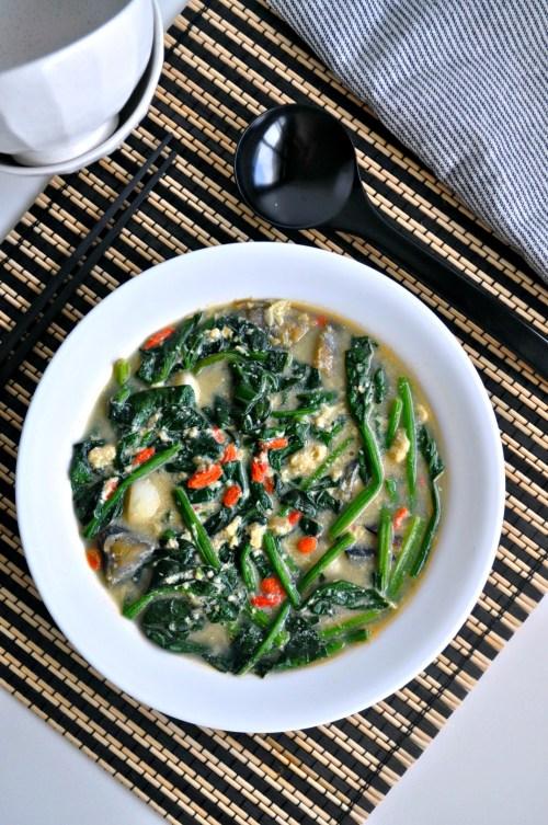 Tri Eggs Spinach in Superior Broth_1