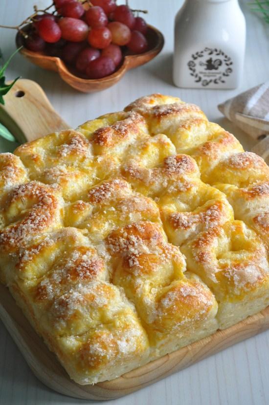 butter-sugar-pull-apart-bread_4