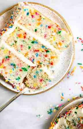 Vegan Vanilla Funfetti Cake