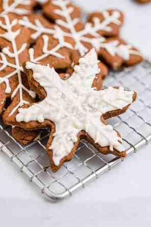 Vegan Gingerbread Cookies (GF)