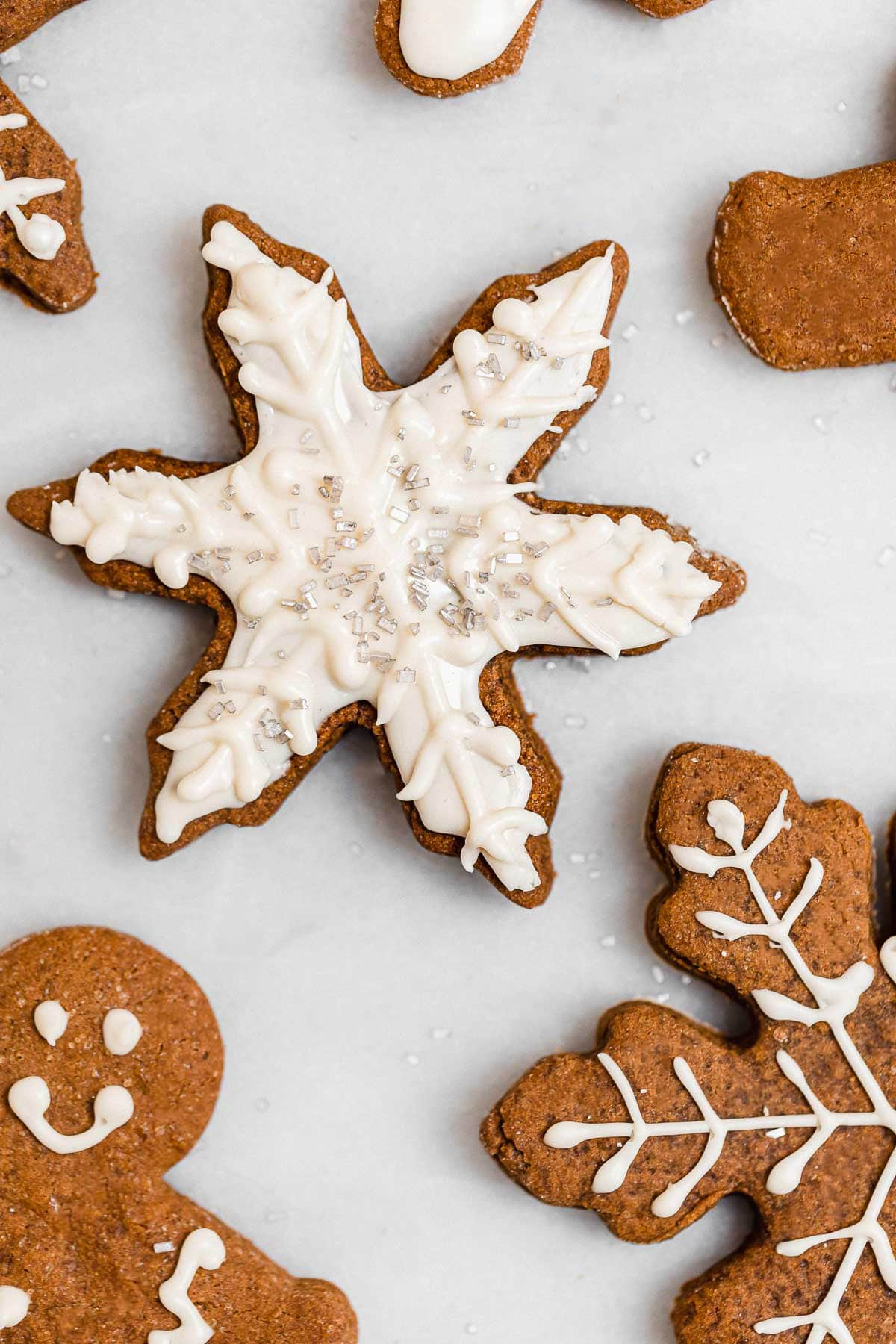 Vegan gingerbread cookies with icing.