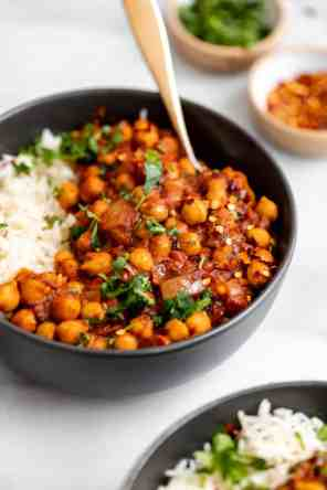One Pot Vegan Chana Masala