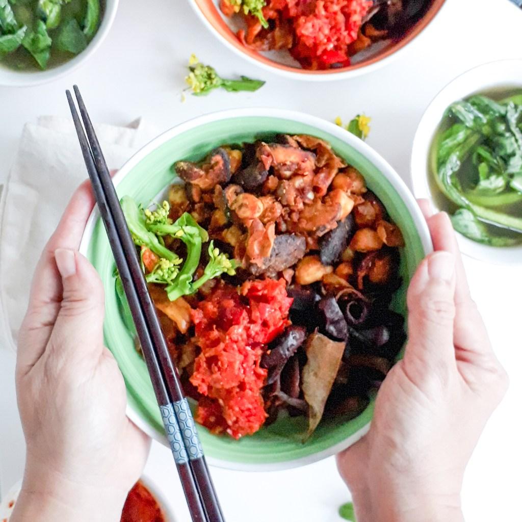 vegan chili pan mee   eatwkriss.com