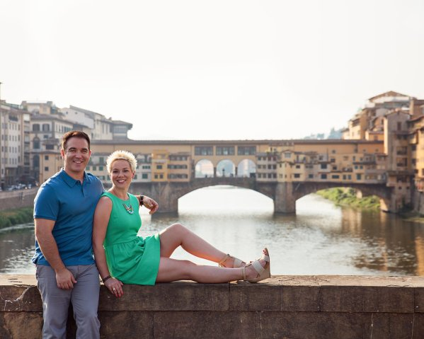 Don't miss the opportunity to capture your travels as a couple. Check out these 4 tips on how to photograph those couple moments while traveling! | www.eatworktravel.com - The luxury, adventure couple!