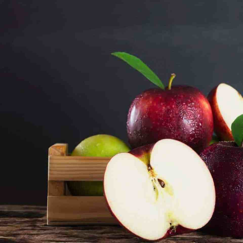 Apples nutrition. Crunch your way to healthy.