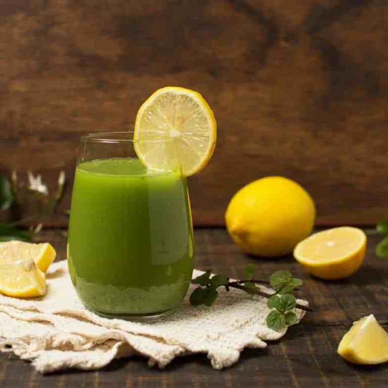How to make green juice recipe for glowing skin. Green juice recipe. How to make green juice. How to make green juice in a blender.