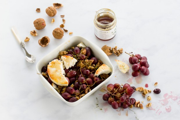 Baked grapes with manouri and honey @eatyourselfgreek