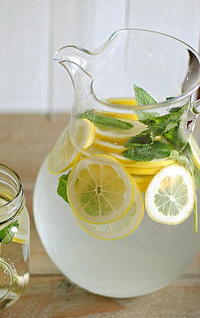 Infuse Water Lemon : infuse, water, lemon, Lemon, Water, Fresh, Yourself, Skinny