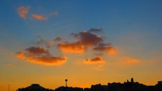nuages rouges