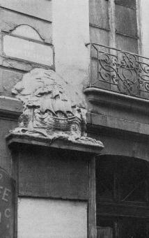 fontaine-maubuee-rue-de-venise-1917