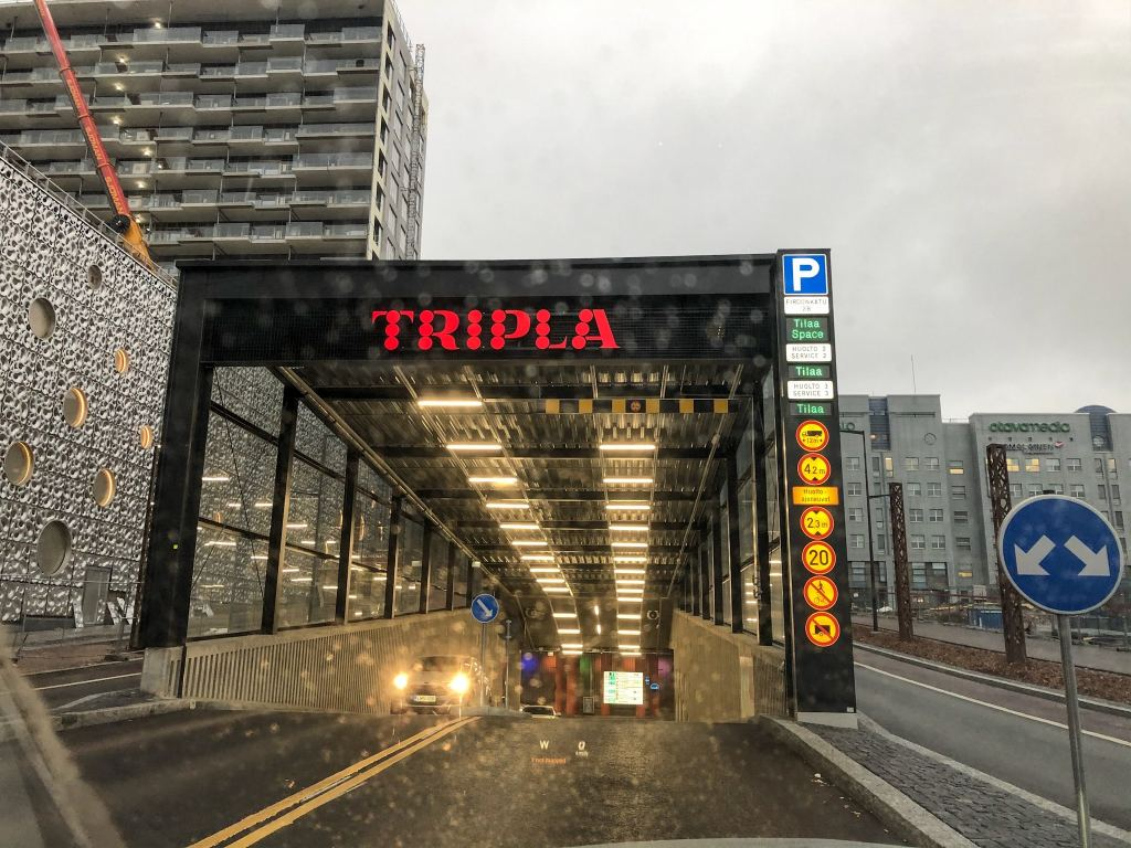 Pysäköinti Tripla
