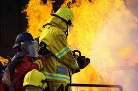 "Featured image for ""کراچی میں زری فیکٹری کی آگ لگ گئی"""