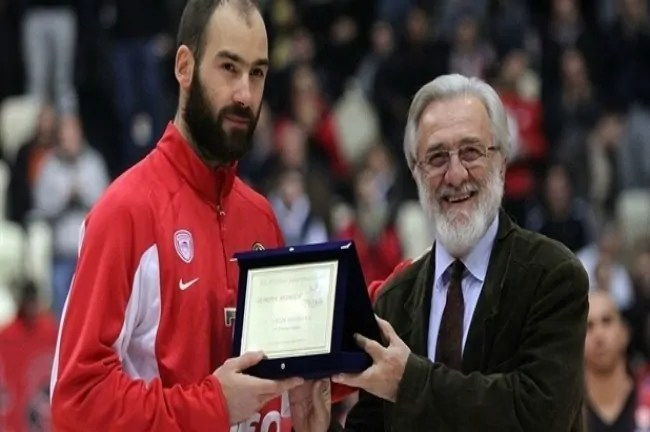 vassilis-spanoulis-award-for-sport