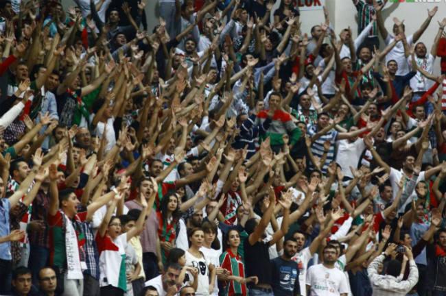 karsiyaka-fans