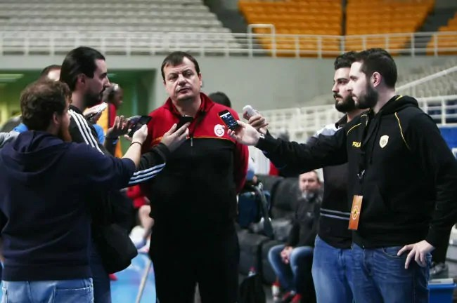 ataman-galata-aek-oaka-media day