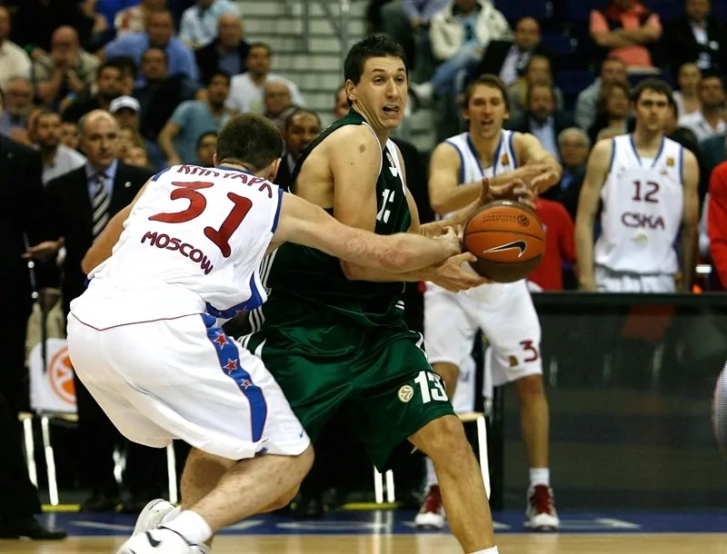 dimitris-diamantidis-panathinaikos-athens-final-four-berlin-2009-eb08 (1)