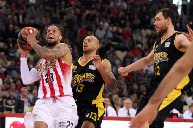 hackett-olympiacos-aek-playoffs